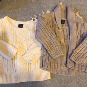 Set of chunky sweaters from Gap